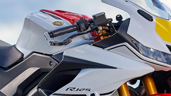 Yamaha R125 world GP embrayage