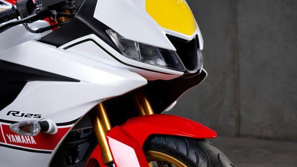 Yamaha R125 world GP habillage