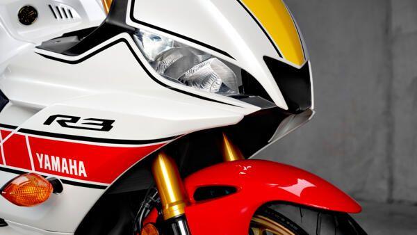 Yamaha R3 World GP 2022 style